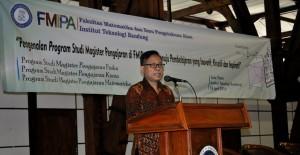 Pembukaan oleh Dekan FMIPA, Prof. Dr. Edy Tri Baskoro