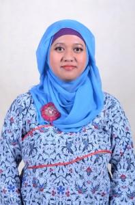 Evie Pratiwi Dewi 108000055
