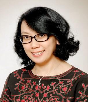 Fenny Martha Dwivany, Dr.